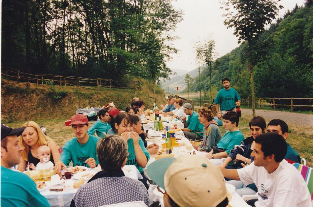 Comida y Pesca Ciprinidos Abusu 1999