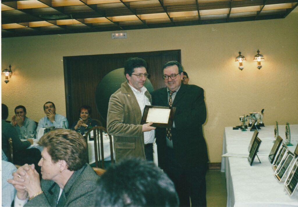 GALARDON FEDERACION VASCA EN 2001
