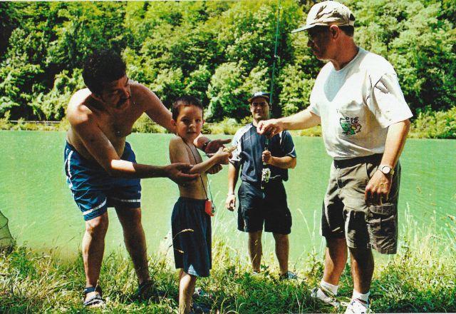 Escuela de Pesca Abusu 2002