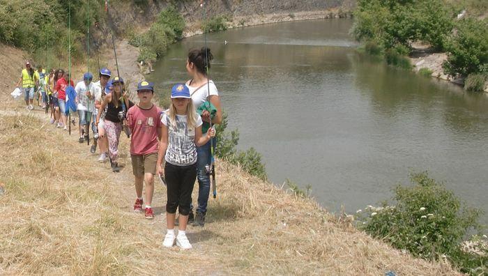 Escuela de Pesca Abusu2012