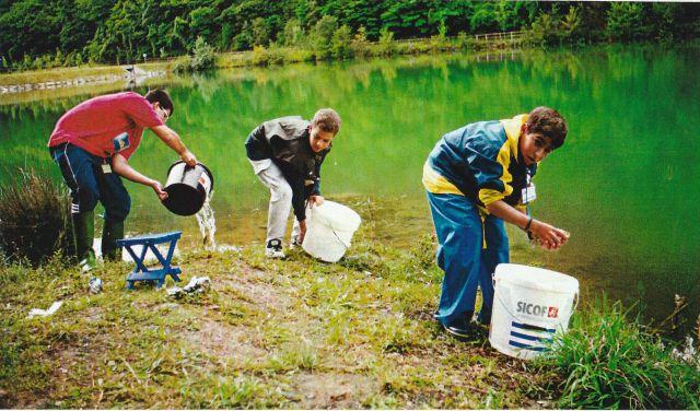 J.Pesca comida 2002