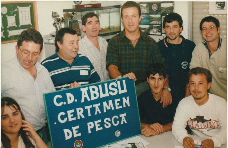 Socios en la Sede Abusu 2002 - copia