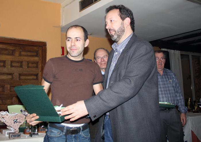 TROFEOS BIZKAIA7pg - copia